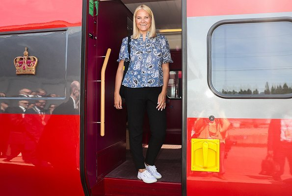 Crown Princess Mette-Marit wore BY TIMO Bohemian Frill Blouse, Princess Mette-Marit travels on a Literary Train tour from Kristiansand to Stavanger.
