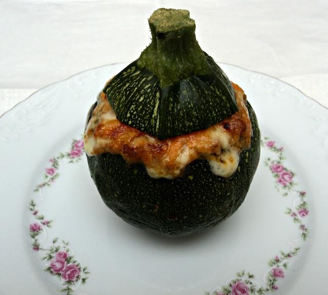 Calabacines Luna rellenos de salsa boloñesa