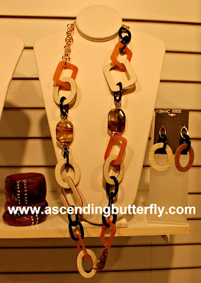 Hampton's Collection, Statement Necklaces, Earrings, Bracelets, Cuff Bracelets, Costume Jewelry, Fantasy Jewelry, Affordable Jewelry, Southwestern Jewelry, Indian Inspired Jewelry, Fantasy Jewelry, Costume Jewelry, Press Preview of Countess LuAnn de Lesseps Countess Jewelry Collection in New York City