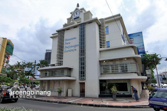 gedung monumen pers perjuangan surabaya