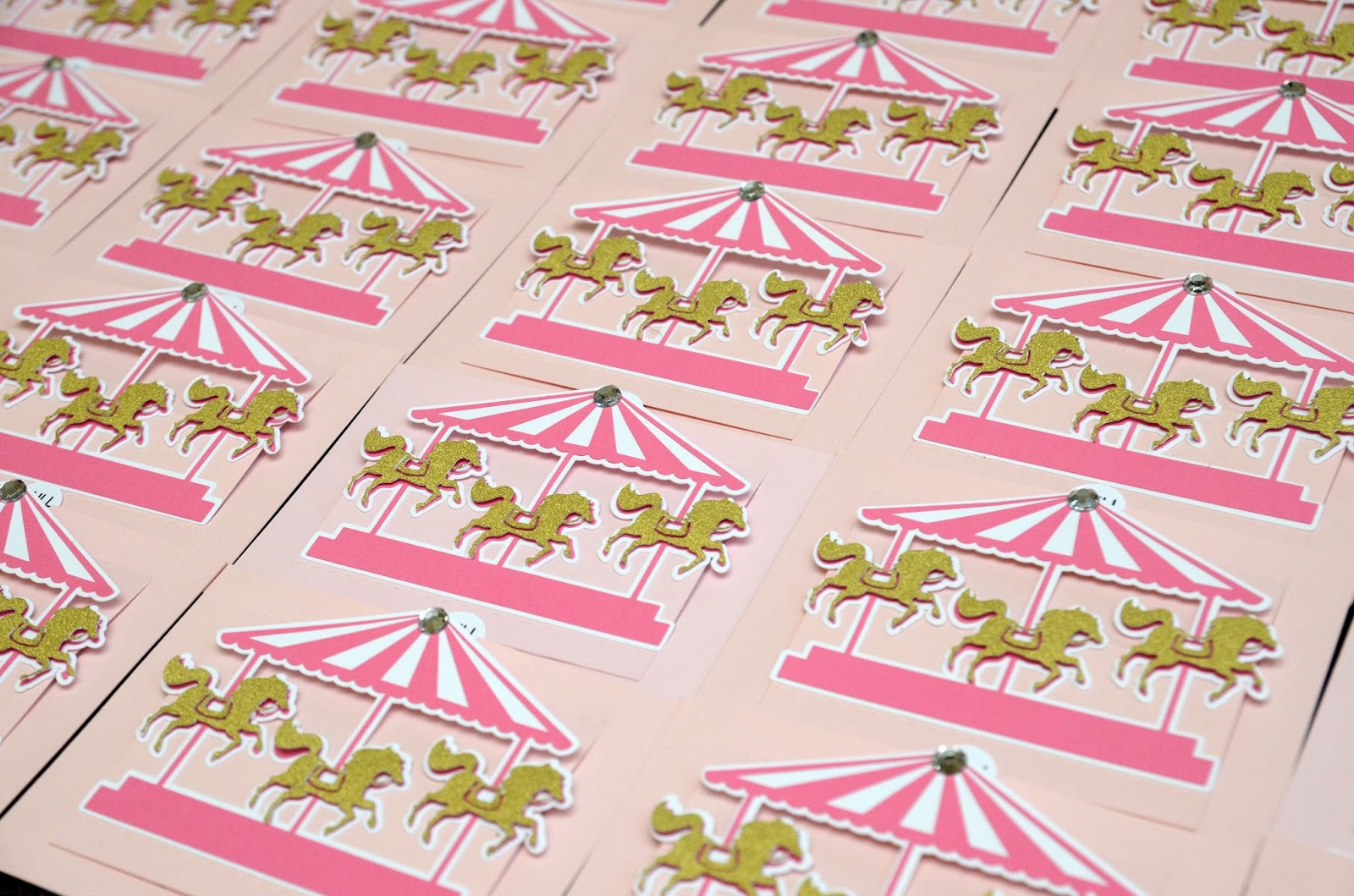 Jingvitations Carousel Birthday Invitations