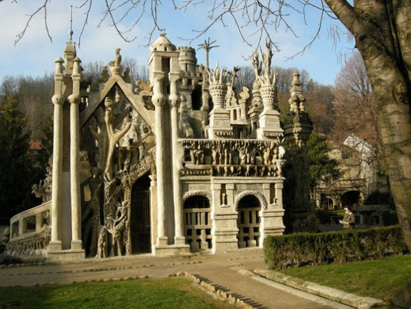 Istana Ferdinand Cheval alias Ideal (Perancis)