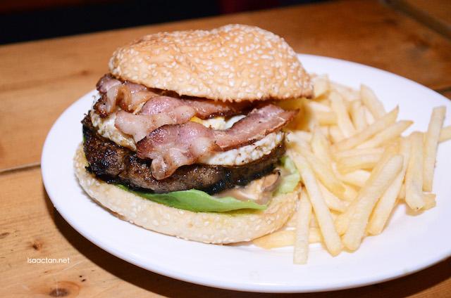 Skippys' Glutton Pork Burger  (RM 24.50)