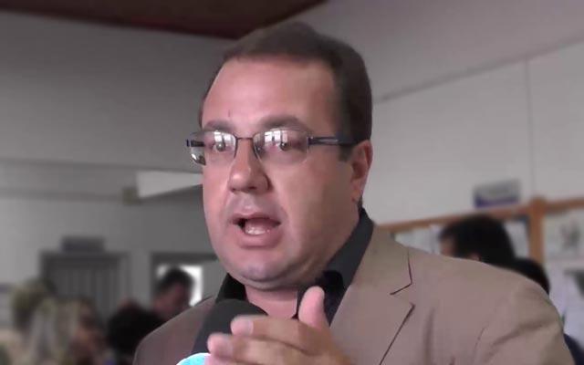 Prefeito de Morro do Chapéu, Léo Dourado é multado pelo TCM
