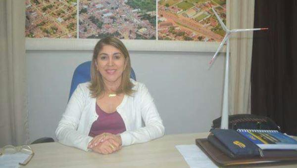 Parazinho: Prefeita Rita de Luzier começa a pagar o mês de Dezembro/2016 aos efetivos.