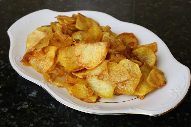 Patatas chorizadas