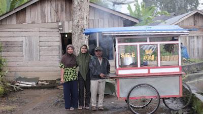 Anak Penjual Sate Padang Kuliah Gratis di UGM