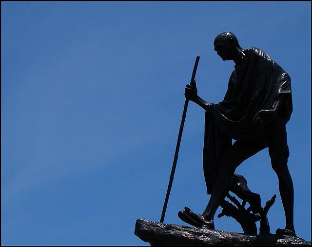 Mahatma Gandhi Statue on Marina Chennai, India 1954   D. P. Roy Chowdhury 1899-1975   Indian sculptor