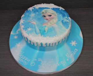 cara membuat kue ulang tahun frozen