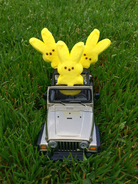 Peeps in Jeeps - Fun Ways to give Peeps | www.jacolynmurphy.com
