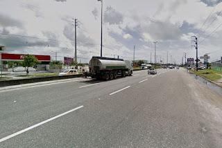 Motociclista sofre acidente na BR-230 e deixa trânsito lento