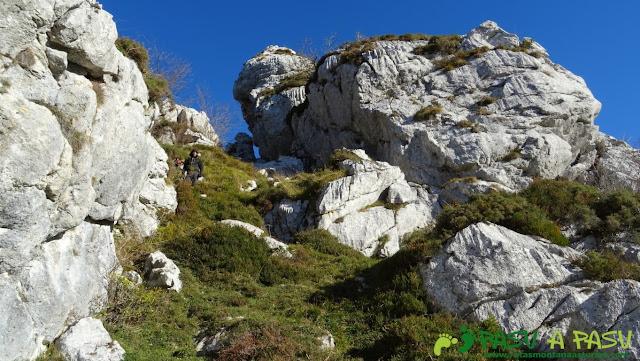 Pequeña canal sobre la Collá Isorno