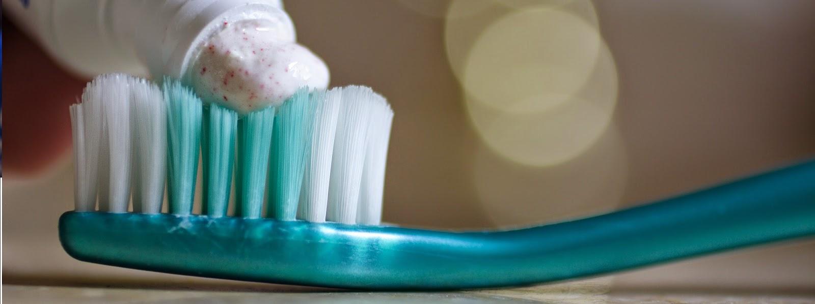 Faktor Penyebab Bau Mulut dan Cara Mengatasinya
