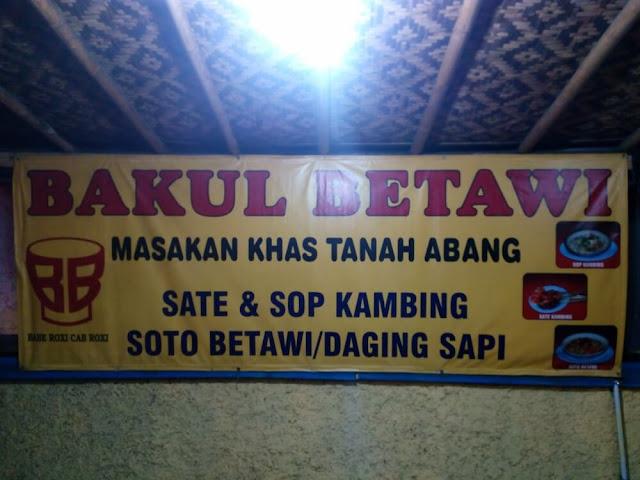 Rela Terkena Macet Demi Semangkok Soto Betawi Panas di Bakul Betawi di daerah Cigombong Jawa Barat