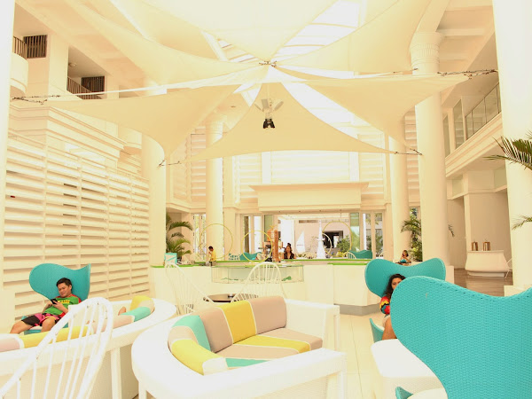 EASY BREEZY AT MOVENPICK MACTAN