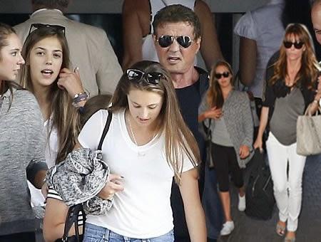 Stallone junto a Familia
