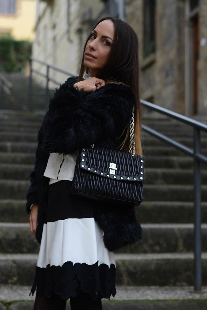 outfit invernale bianco e nero