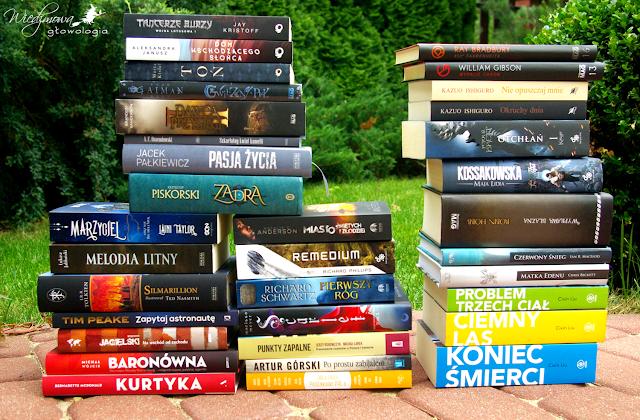 Wiedźmowa głowologia, recenzje książek, stosik książek