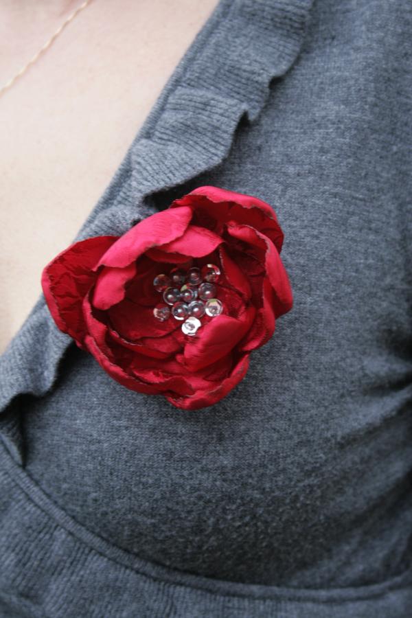 Diy valentines flower brooch mightylinksfo