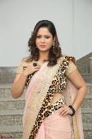 Shilpa Chakravarthy in Lovely Designer Pink Saree with Cat Print Pallu 034.JPG