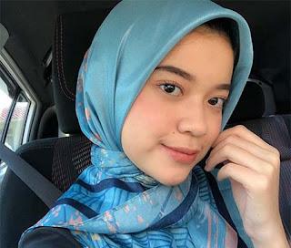 Arifah Lubai Pakai Hijab