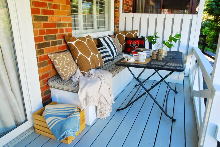 back porch outdoor bench