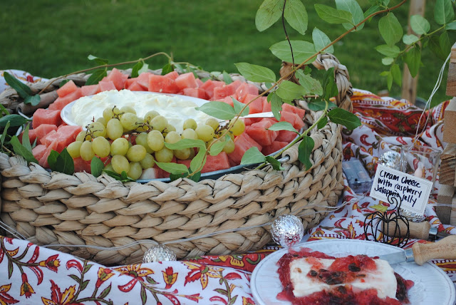How to serve watermelon in a galvanzied tray, Summer party by the lake