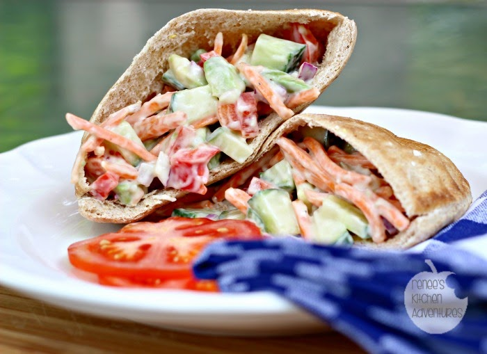 Stuffed Veggie Pitas:  Great meatless option! #veggies #sandwiches