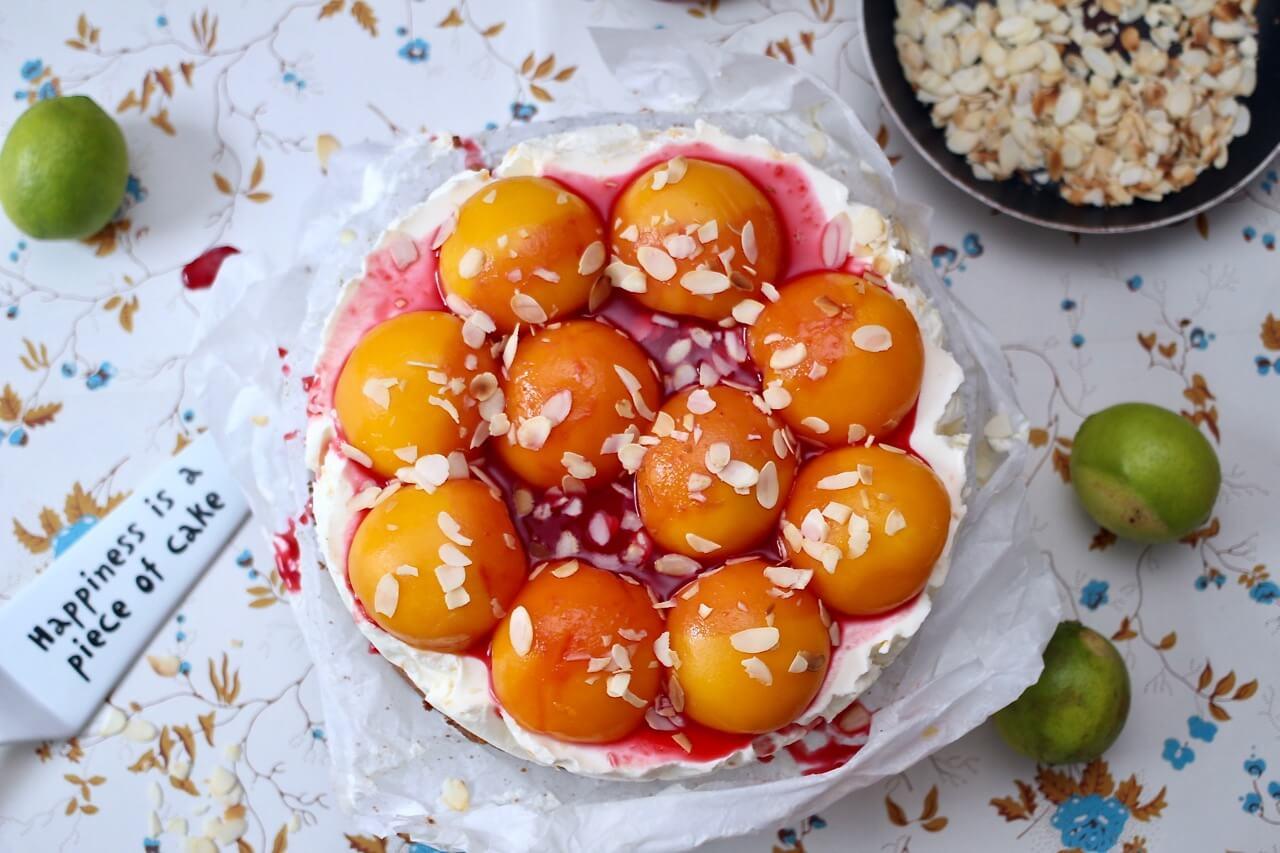 Pfirsich-Cheesecake mit Himbeersauce