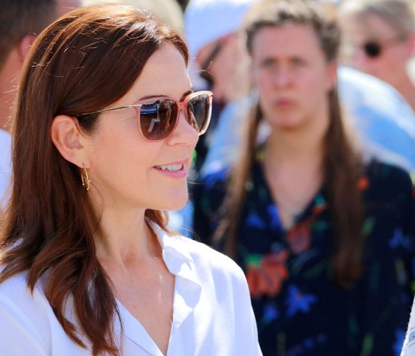 Crown Princess Mary wore a new floral print skirt and, white blouse and Gianvito Rossi pumps