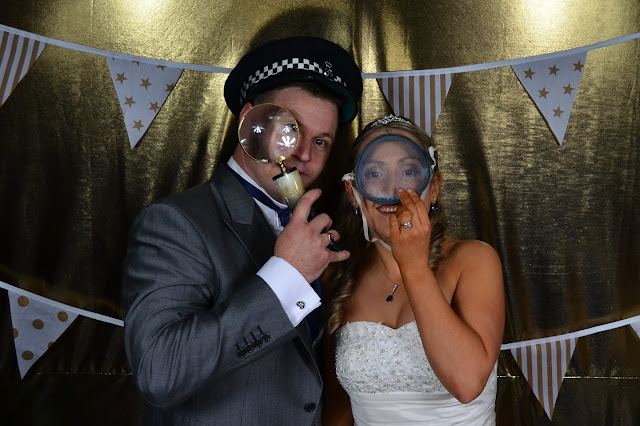 vintage photo booth dorset - jason and lizzy
