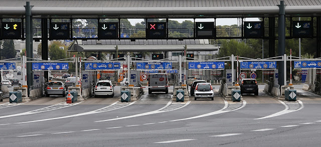 Toll gates, French motorways