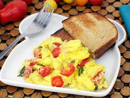 healthy breakfast with eggs, loaded scrambled egg, eggs baked in the portobello mushrooms