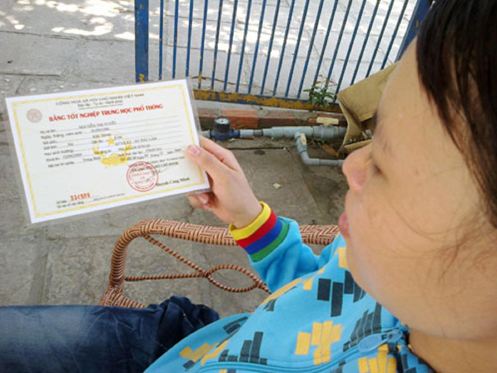 Gia Lai: Chủ tịch Hội phụ nữ thị trấn Yaly sử dụng học bạ và bằng THPT giả