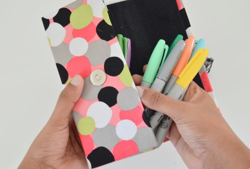 Vikalpah: DIY Pencil Case using Cereal box