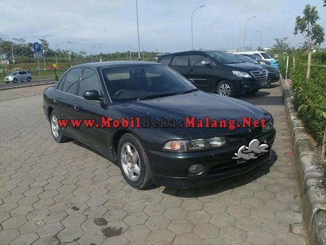 Mitsubishi Galant tahun 1996, plat B sangat terawat