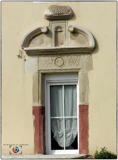 MARAINVILLER (88) - Porte monumentale