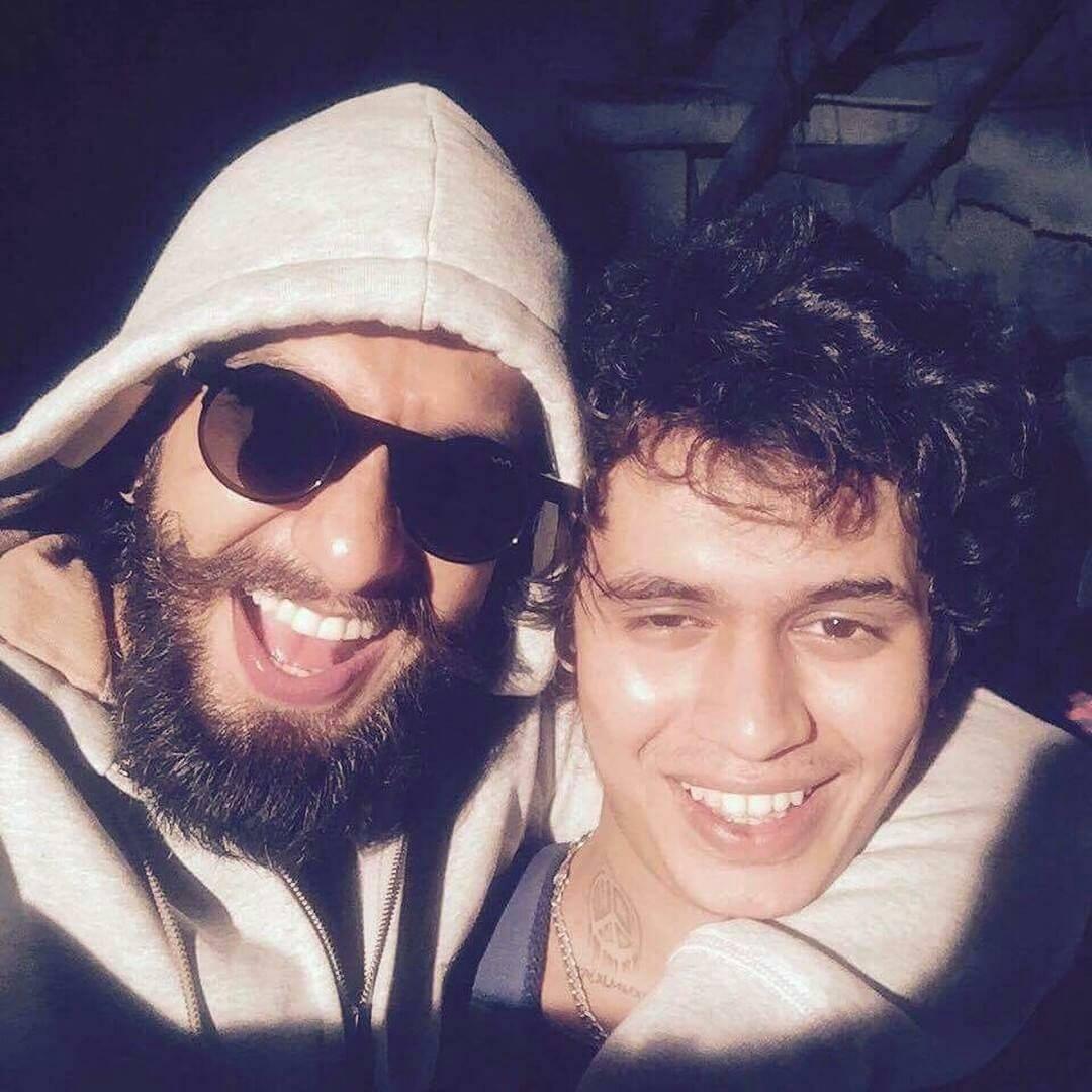 Kaam Bhari With Ranveer Singh