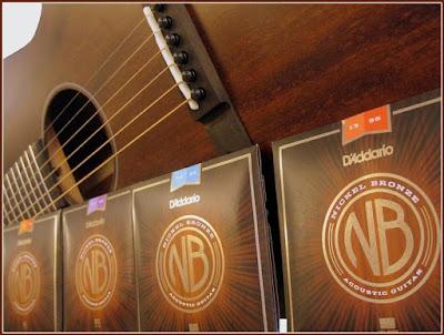 Đánh giá dây đàn acoustic D'Addario: cho ra giai điệu tự nhiên, sử dụng lâu, giá mềm