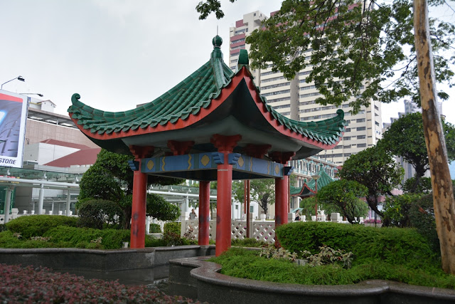 Chinatown Singapore temple