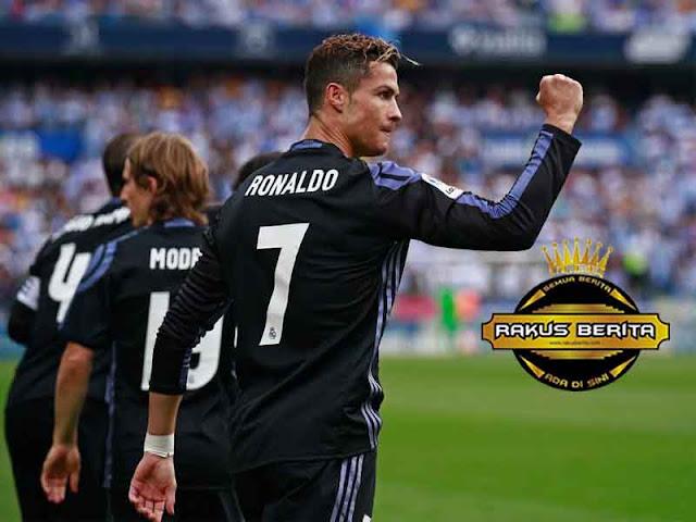 Hierro 'Tahun Ini Eranya Messi, Tapi Ronaldo Lebih Sukses'