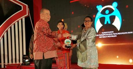 Sumbar Terima Penghargaan Provinsi Penggerak Kabupaten dan Kota Layak Anak