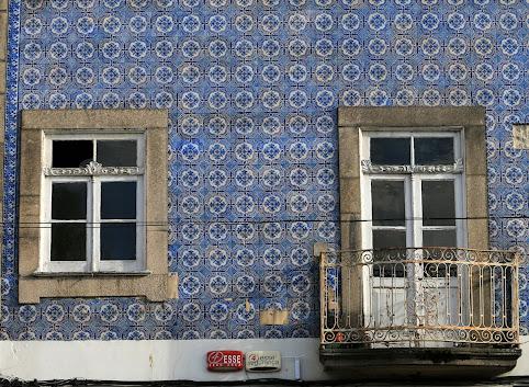Tropiąc azulejos w Porto