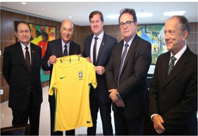 Turismo propõe parceria para abrir museus em estádios brasileiros