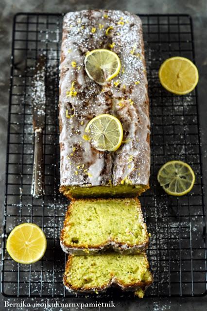 ciasto, cukinia, cytryna, pieczenie, deser, babka, bernika, kulinarny pamietnik