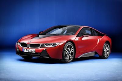 Το υβριδικό σπορ BMW i8 παγκόσμιο bestseller στην κατηγορία του.Αποκλειστικές ειδικές εκδόσεις BMW i8. Το Protonic Red Edition στο Σαλόνι της Γενεύης
