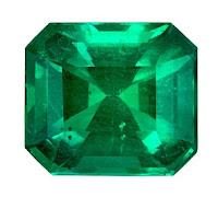 Piedra preciosa de esmeralda trabajada en el corte esmeralda el mas caracteristico