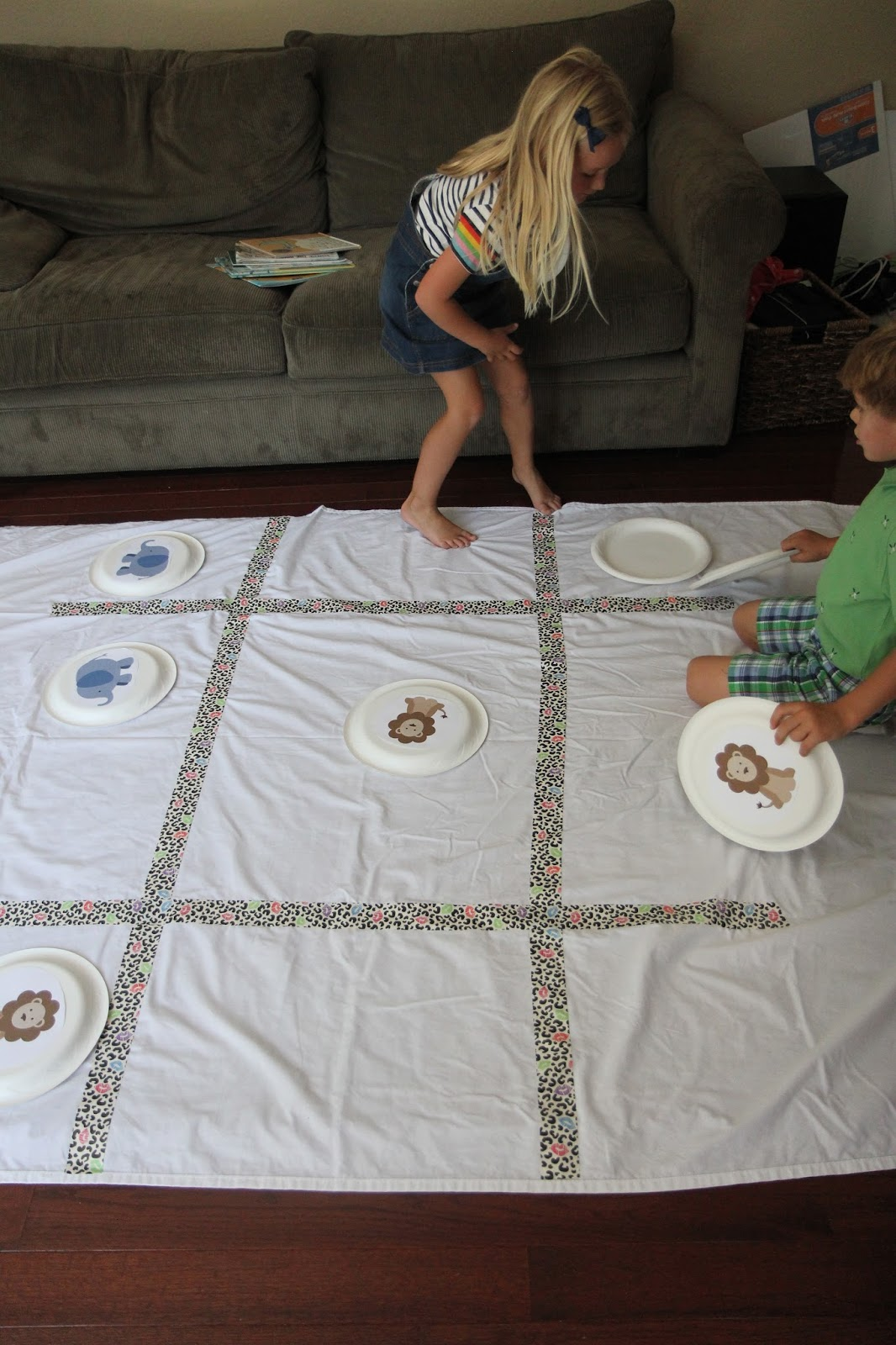 zoo animal toddlers activities toddler preschoolers toe game