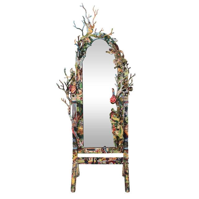 lustro dekorowane haftami krzyzykowymi