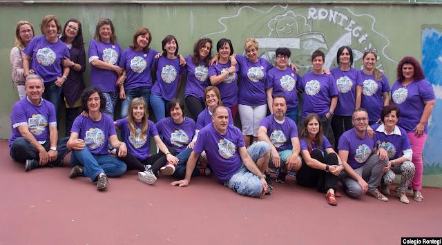 El grupo de organización del 50 aniversario del colegio Rontegi